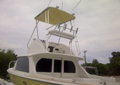 31' Bertram Aft Rail