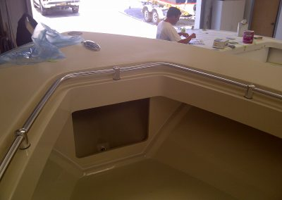 23′ Sea Craft Recessed Grab Rail